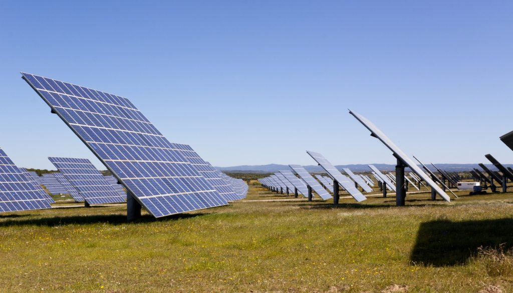 Advantages of Using Commercial Solar Power
