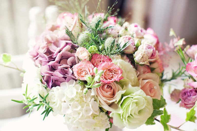 Choosing a Florist That Offers the Best Roses For Your Floral Arrangement
